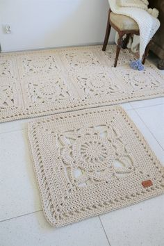 NEW Romantic Square Beige Ecru Floral Rug/ Crochet Rug/ Rug /Area Rugs/ Floor Rugs/ Large Rugs/ Handmade Rug/ Carpet/ Cotton Cord Rug – Care – Skin care , beauty ideas and skin care tips Crochet Square Patterns, Doily Patterns, Crochet Squares, Crochet Doilies, Serger Patterns, Cotton Crochet, Knitting Patterns, Diy Carpet, Rugs On Carpet