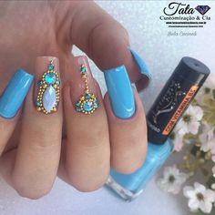 The Art Of Nails, Bridal Nail Art, Gem Nails, Nail Art Rhinestones, Nail Accessories, Dope Nails, Beautiful Nail Designs, Finger, Gorgeous Nails