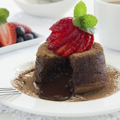 Chocolate cake on the outside, molten chocolate oozing from the inside. Try this recipe for molten chocolate cake today! Molten Chocolate, Chocolate Fudge Cake, Cakes Today, Good Food, Yummy Food, Cupcakes, Sweet Cakes, Cake Recipes, Delish