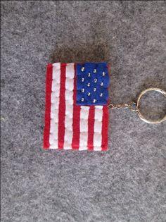 Portachiavi con Bandiera degli Stati Uniti - Portachiavi in feltro con bandiera USA - Fatto a mano - Idea regalo di TinyFeltHeart su Etsy