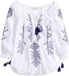 """Pin for Later: 13 Kleidungsstücke, um den mexikanischen """"Cinco de Mayo"""" zu feiern H&M Embroidered Tunika H&M Embroidered Tunic ($40)"""