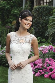 Jewel Neck Sheath Chapel Train Lace Back Buttons Up Wedding Dresses
