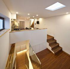 Galería de Inter White / Architects Group RAUM - 4