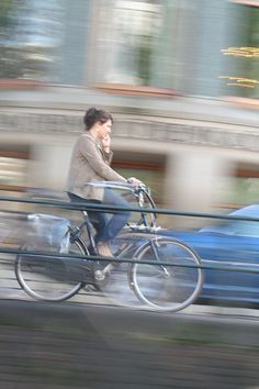 Amsterdam à bicyclette by samphoto de sport, via Flickr