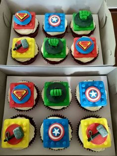 Lego marvel avengers cupcake cake by cuppie break by solange Avenger Cupcakes, Lego Cupcakes, Lego Cake, Cupcake Cakes, Cup Cakes, Lego Spiderman, Lego Marvel's Avengers, Avengers Birthday, Legos