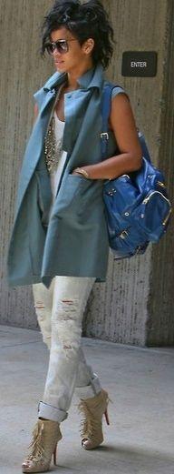 Rihanna. #street fashion, #streetstyle, #rihanna.