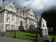 One of the buildings on the campus of the Immortal University. (In real life it is in Dublin, Ireland, Trinity College side view) Ireland Vacation, Ireland Travel, Vacation Deals, Dream Vacations, Places To See, Places Ive Been, Trinity College Dublin, Visit Dublin, Affordable Hotels