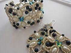 Beaded Bracelet Northern Lights . SW pearl and SW bicones . Браслет Северное…
