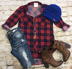 What I like about you Plaid Flannel Top: Red/Blue from privityboutique Mom Outfits, Pretty Outfits, Fall Outfits, Casual Outfits, Cute Outfits, Christmas Outfits, Pretty Clothes, Work Clothes, Cozy Winter Outfits