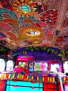 Caravan Gypsy Vardo Wagon: The interior of a Gypsy wagon. The ceiling is AMAZING! Glamping, Hippie Gypsy, Hippie Style, Gypsy Style, Bohemian Style, Boho Chic, Funky Style, Bohemian Design, Hippie Chic