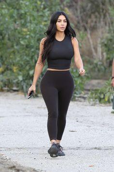 Kim Kardashian Grey Mesh Sneakers Street Style Calabasas 2020 on SASSY DAILY - - Kim Kardashian Street Style in a Chunky Grey Pink Lace-Up Sneakers Doing Workout Calabasas, Autumn Winter Kim Kardashian Blazer, Kim Kardashian Meme, Kardashian Workout, Kim Kardashian Bikini, Robert Kardashian, Kardashian Style, Kardashian Jenner, Kardashian Fashion, Kim Kardashian Yeezy