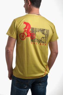 Cycling t-shirt microfiber mesh athletic apparel moisture wicking Casual T Shirts, Casual Outfits, Great T Shirts, Sport T Shirt, Active Wear, Sportswear, Cycling, Athletic, Fitness