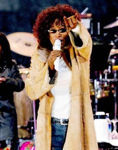 Whitney Houston Music Photo - 20 x 25 cm Whitney Houston, Music Photo, Sexy Skirt, Fleetwood Mac, People Art, John Lennon, Rock Music, Professional Photographer, Movie Stars
