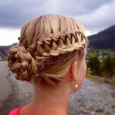 Waterfall into lacebraid on both sides into a Fivestrand braided bun!