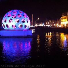 Fly's Eye Dome by Buckminster Fuller. Amsterdam Light Festival 2013. Photo: Heleen de Bruijn.
