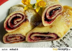 Palačinky ze zakysané smetany recept - TopRecepty.cz Breakfast Cake, Breakfast Recipes, Dessert Recipes, Eastern European Recipes, Kids Meals, Sweet Recipes, A Table, Valspar, Sushi