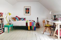 via Your child's bedroom can be the most fun room in your home to decorate. Now you have many options and a large number of brands dedicated to children's design. There are no fixed rules in interior design for kids,you can choose from many styles, mix products and play with colours and textures. I show […]