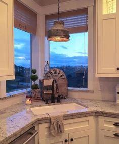 Ideas For Kitchen Sink Window Corner Light Fixtures Farmhouse Kitchen Light Fixtures, Kitchen Sink Decor, Kitchen Sink Window, Kitchen Vignettes, Kitchen Lighting Fixtures, Kitchen Corner, Kitchen Paint, Kitchen Rustic, Farmhouse Kitchens