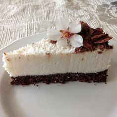 Nyers konyha: Bounty torta/ Raw bounty cake Healthy Recipes, Healthy Meals, Cheesecake, Food And Drink, Keto, Clean Eating, Healthy Food Recipes, Cheese Cakes, Healthy Eating Recipes