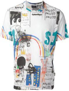 Haz tu propio graffiti y estámpalo en tu camiseta: http://www.regalosconfoto.com/camisetas-personalizadas/  #RegalosPersonalizados #RegalosConFoto #Personalizados #CamisetasEstampaciónCompleta #CamisetasPersonalizadas