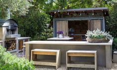 Patrick Dempsey's outdoor malibu area home, nice concrete and wood
