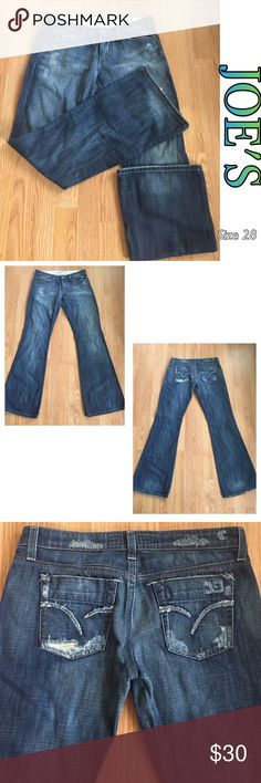 ‼️FLASH SALE‼️JOE'S JEANS SIZE 28 EUC Joe's dark blue jeans. Mild distressing and fading. Excellent condition. Size 28. Inseam approximately 33 inches. Joe's Jeans Jeans Flare & Wide Leg