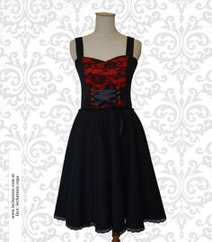 #dress #vestido #black #negro #goth #gothstyle #vestidogótico #vestidonegro #blackdress #encaje #vestidoencaje #lace #blacklace #encajenegro #diseño #ropadiseño #argentina #bariloche #fashion #m
