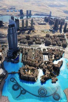 DUBAI - view from The Top, Burj Khalifa | Photo Place