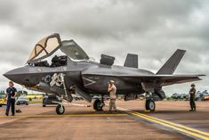 Ready for another demo . - A brand new fighter jet is ready to give another impressive demo at the Royal International Air Tattoo in Fairford, UK. © Kris Christiaens - www. Stealth Aircraft, Fighter Aircraft, Military Gear, Military Aircraft, Fighter Pilot, Fighter Jets, Martin Aircraft, F35 Lightning, Airplane Fighter