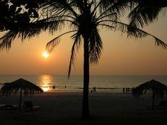 Sonnenuntergang am Strand von #Ngwesaung #Myanmar #Backpacking