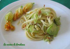 Linguine con zucchine e fiori, una ricetta semplice semplice per approfittare…
