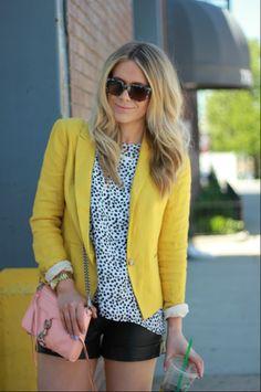Natalie Renee, little too much blog, yellow trend, yellow fashion, nyc blogger, yellow blazer, ann taylor loft yellow blazer, professional c...
