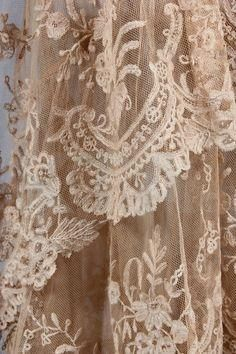 Shabby Chic, Flea Markets, Cooking, Spending Romantic Time with My Hubby, Re-purposing. Romantic Cottage, Romantic Lace, Lace Ribbon, Lace Fabric, Antique Lace, Vintage Lace, Victorian Lace, Victorian Jewelry, Vintage Style