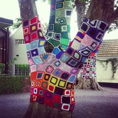 Crazy-Quilt Tree | 32 Incredibly Cool Yarn-Bombings To Brighten Your Day
