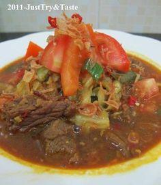 Just Try & Taste: Resep Tongseng Daging Sapi Asian Recipes, Beef Recipes, Cooking Recipes, Cooking Ideas, Cake Recipes, Food C, Good Food, Malay Food, Indonesian Cuisine