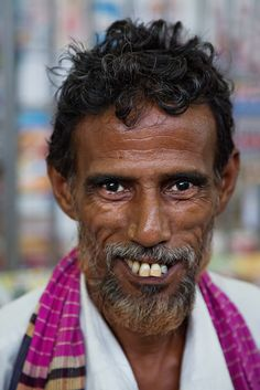 https://flic.kr/p/oQzSa7 | Portrait of a smiling market man in Cox's Barar, Bangladesh. | People of Bangladesh are just so friendly and always give you a good smile.  Follow us on Twitter or Cookiesound