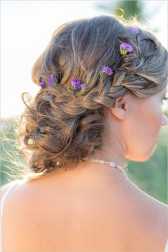 Beach wedding hair ideas with braid. #beachybride #weddinghair #weddingchicks Hair Styled By: Studio Marie Pierre http://www.weddingchicks.com/2014/06/16/boho-chic-beach-wedding/