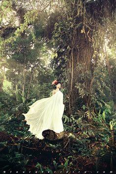 Vines, tree, white dress, girl