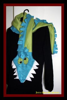 Mushu the chinese dragon fleece scarf - OOAK - Original funny design and unique scarf, made with a happy mood :)  Especially suitable for children and bigger children as well.  It will warm you in a cold days with soft touch,  Made from soft and warm fleece.      Size: 155cm / 61'      You can order various colors and sizes.   Do not hesitate to contact me with any questions or an idea.  $39