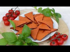 These healthy baked chips are high protein and free of oil, nuts, seeds and grains. No frying or oil is needed… Healthy Chips, Healthy Snacks, Healthy Recipes, Lentil Chips Recipe, Barley Risotto, Vegetable Puree, Baked Chips, Healthy Baking, Clean Eating Snacks