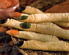 2014 Halloween finger food recipes of witch finger dippers #2014 #Halloween