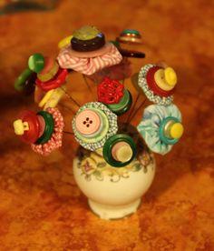 Button Bouquet - yo yo's and vintage salt shaker