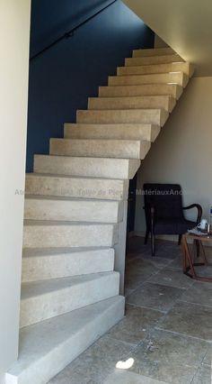 Aménagements intérieur et extérieur en pierre de taille