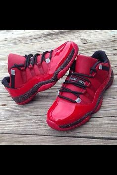 2014 cheap nike shoes for sale info collection off big discount.New nike roshe run,lebron james shoes,authentic jordans and nike foamposites 2014 online. Nike Free Shoes, Nike Shoes Outlet, Cheap Shoes, Custom Shoes, Shoe Game, Baskets, Shoe Collection, Swagg, Jordan Shoes