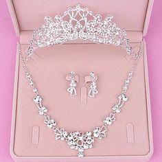 Hair Jewelry, Silver Jewelry, Jewelry Necklaces, Bridal Jewelry Sets, Wedding Jewelry, Rhinestone Earrings, Vintage Earrings, Fashion Mode, Luxury Fashion