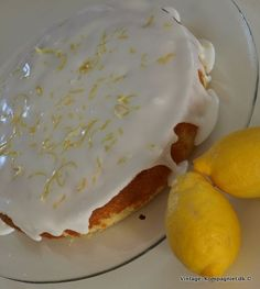 Find the recipe here http://vintage-blog.dk/2012/04/citronmane-og-nej-ikke-den-fra-supermarkedet-o/