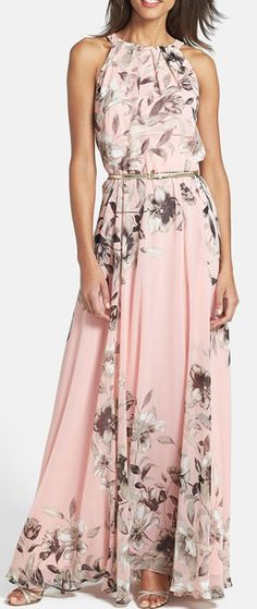 We're doing everything we can to get you flirting this season, and this Charming Floral Printed Sleeveless Maxi Dress a good example. It gives an awesome silhouette and shows your beauty completely. Find it at OASAP!