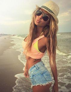 high-wasted jean shorts, jean shorts, crop top, color crop top, yellow bikini, beach, summer - I even love her beach-wavy hair