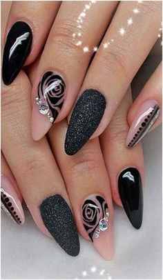 8 Beautiful Nail Art Designs for Short Nails – Tech the bite Classy Nails, Stylish Nails, Cute Nails, Pretty Nails, Elegant Nails, Beautiful Nail Art, Gorgeous Nails, Nail Designs Spring, Nail Art Designs