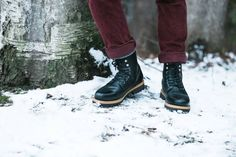 How to Keep Your Feet Stylish and Warm This Winter — Mr. Cavaliere - The Modern Man's Guide To Living Life Better Men's Leather, Leather Shoes, Winter Parka, Modern Man, Combat Boots, Take That, Warm, Stylish, Life